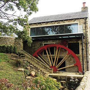 Corn Mill Farm, Hawkesworth, West Yorkshire, England